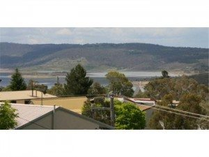 2 Bedroom Apartment – Snowy Saga 2/46 Gippsland Street