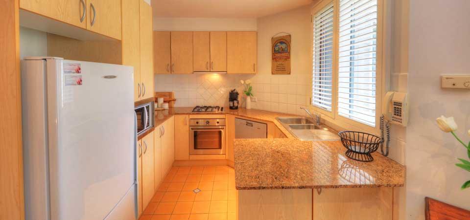 2 bedroom loft apartment wintergreen 6 thredbo for 2 bedroom loft apartments