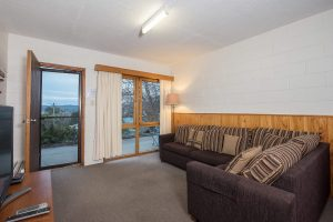 3 Bedroom Apartment – Alpine Apartment