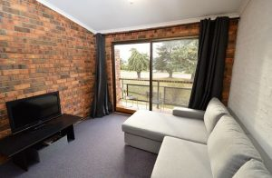 2 Bedroom Apartment – Ellswood 11